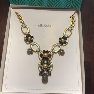 Stella & Dot Livvy Necklace Brand New In Box